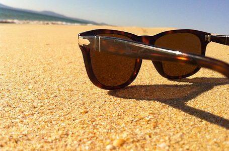 Siedem rzeczy, które warto wiedzieć kupując okulary przeciwsłoneczne