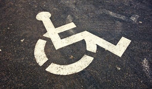 Nowelizacja ws. dowozu niepełnosprawnych uczniów z podpisem prezydenta