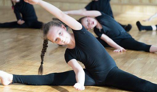 Ćwiczące dzieci mają większe szanse na sukces w przyszłości