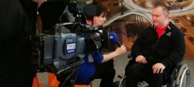 Wywiad w telewizji – jak pokonać tremę?